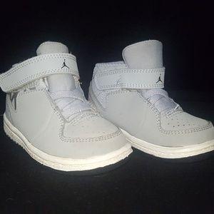 Baby Jordans size 5C
